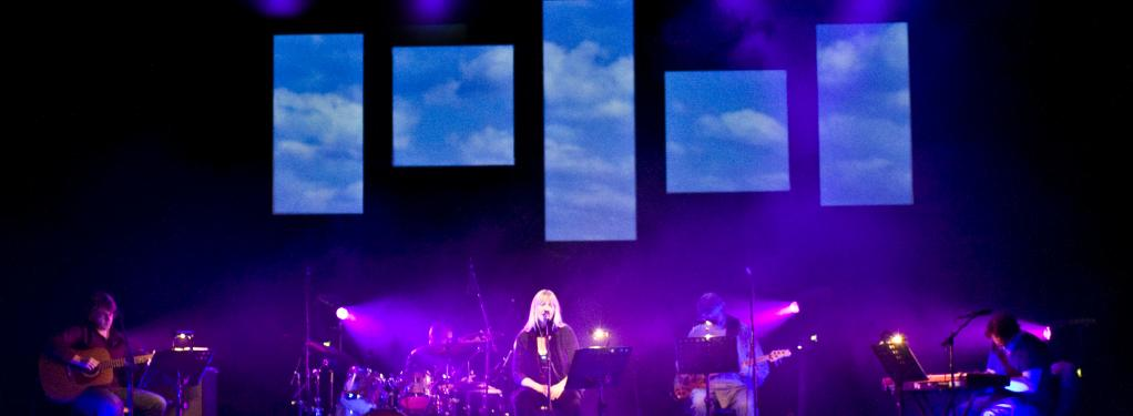Photograph from An Evening of Carole King and James Taylor - lighting design by Jason Salvin