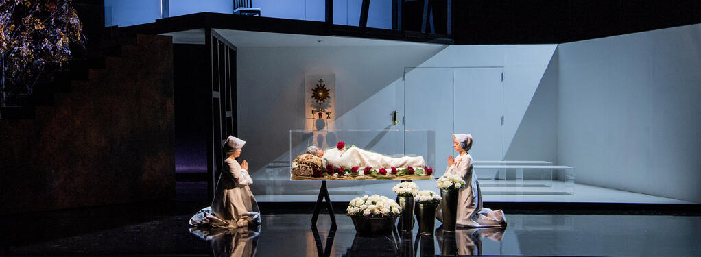 Photograph from Dialogues des Carmelites - lighting design by Matthew Haskins