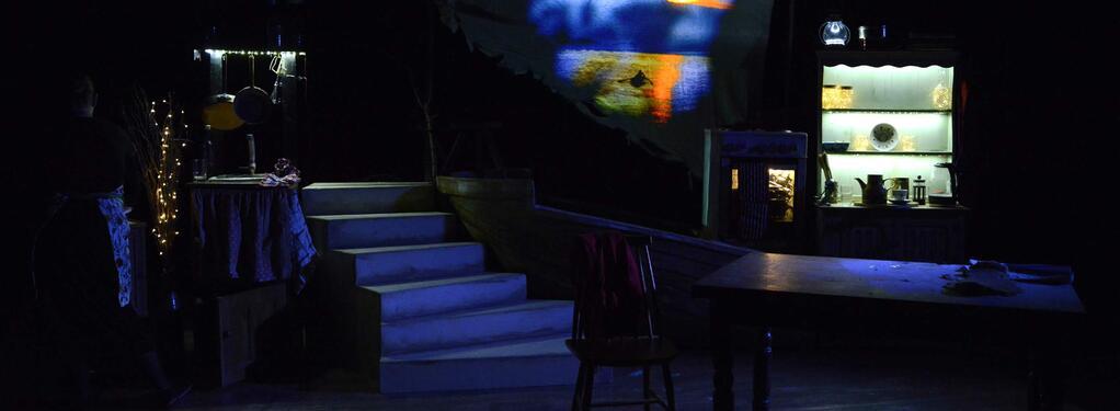 Photograph from Pepper & Honey - lighting design by JamesStokesLX