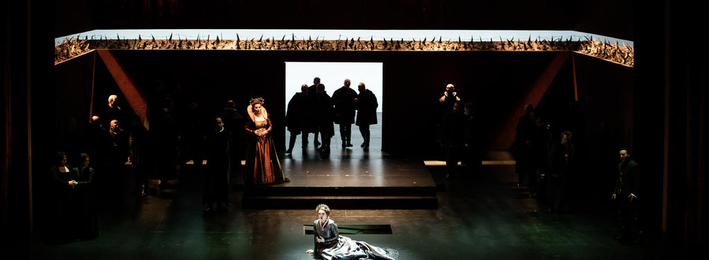 Photograph from Maria Stuarda - lighting design by GianniBertoli