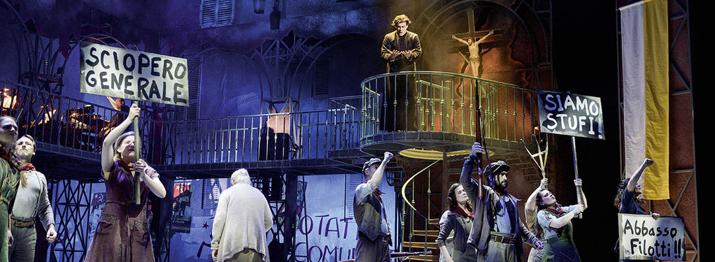 Photograph from Don Camillo & Peppeone - lighting design by Michael Grundner