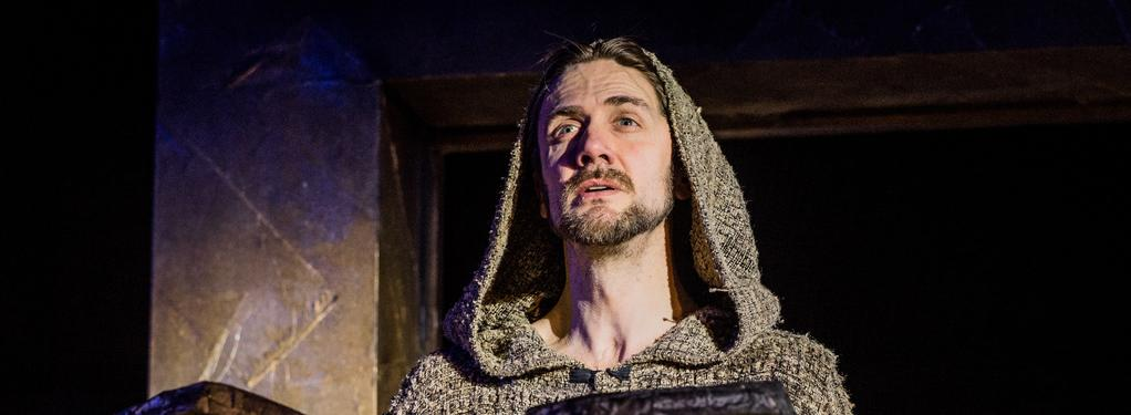 Photograph from Nabucco - lighting design by Nigel Lewis
