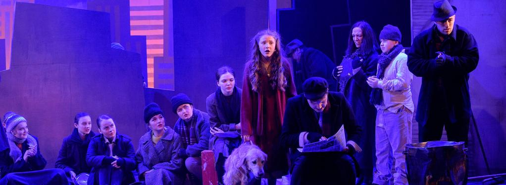 Photograph from Annie - lighting design by James McFetridge
