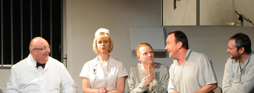Photograph from One Flew Over the Cuckoo's Nest - lighting design by Michael Dobbs