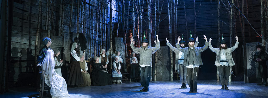 Photograph from Fiddler on the Roof (Danish Translation) - lighting design by David Howe
