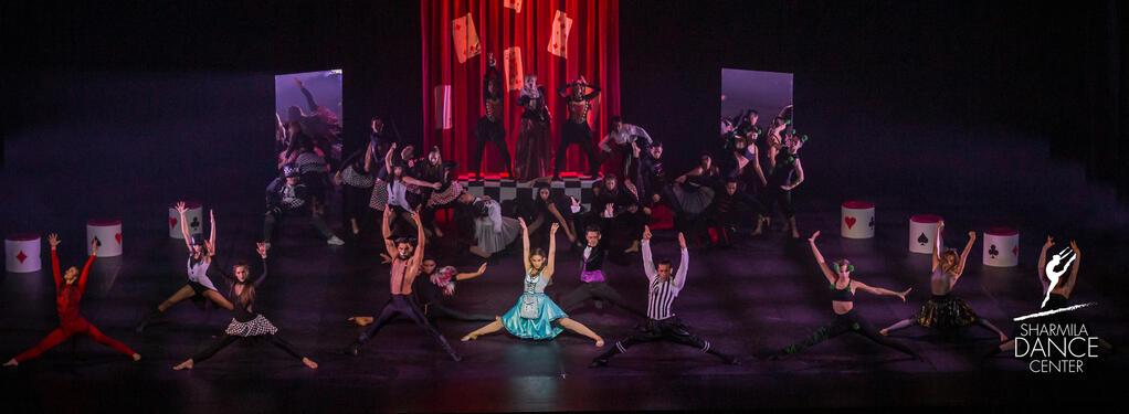 Photograph from Sharmila Dance Extravaganza 2019 - lighting design by Brendan Albrey