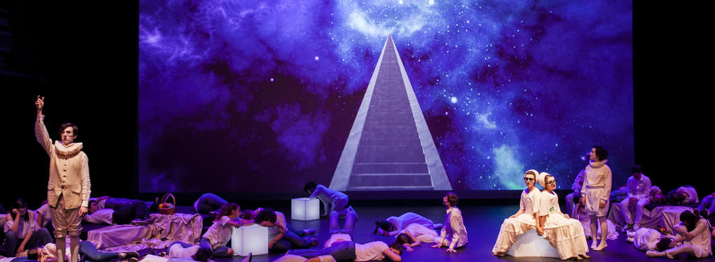 Photograph from Four Saints in Three Acts - lighting design by Peter Darby