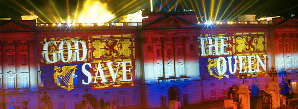 Photograph from Her Majesty the Queen's Golden Jubilee - lighting design by Durham Marenghi
