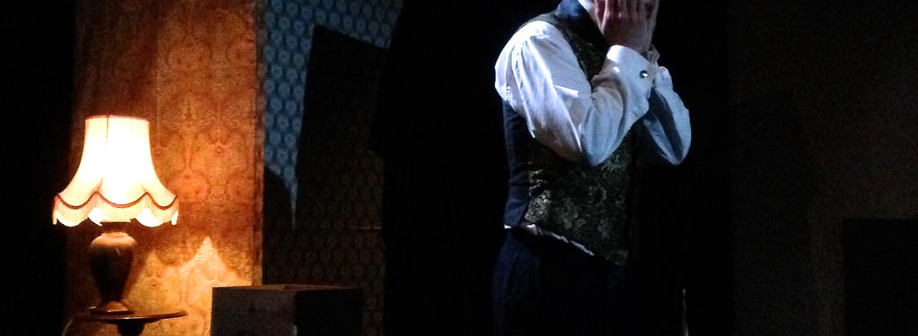 Photograph from The Picture of Dorian Gray - lighting design by George Bach