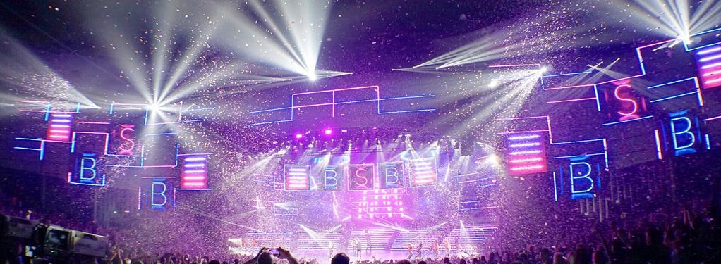 Photograph from Backstreet Boys: Larger Than Life Las Vegas - lighting design by Richard Neville
