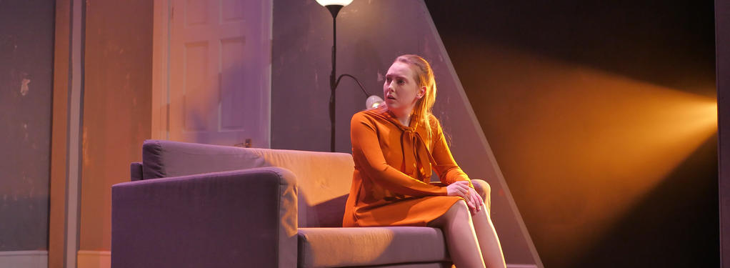 Photograph from Hedda - lighting design by Edward Saunders