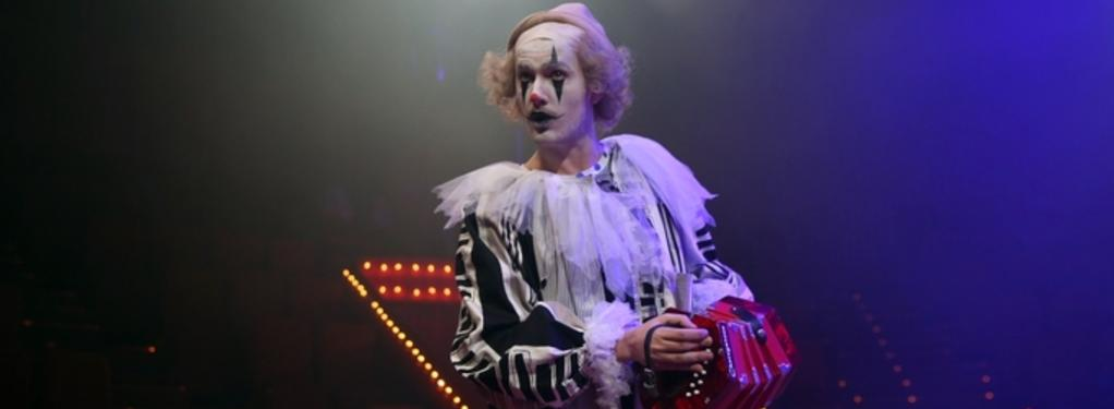 Photograph from Old Clown Wanted - lighting design by Chris Jaeger