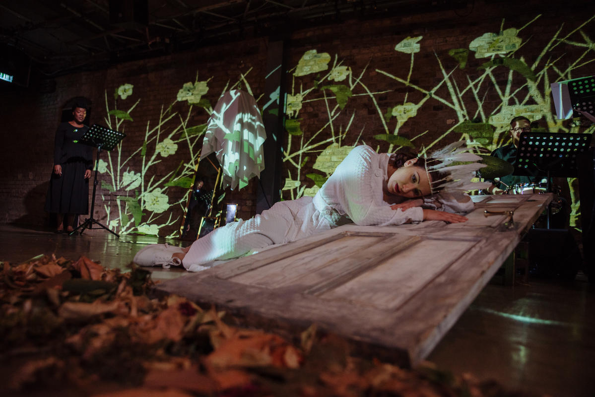 Photograph from 1000 Songs - lighting design by Claire Childs