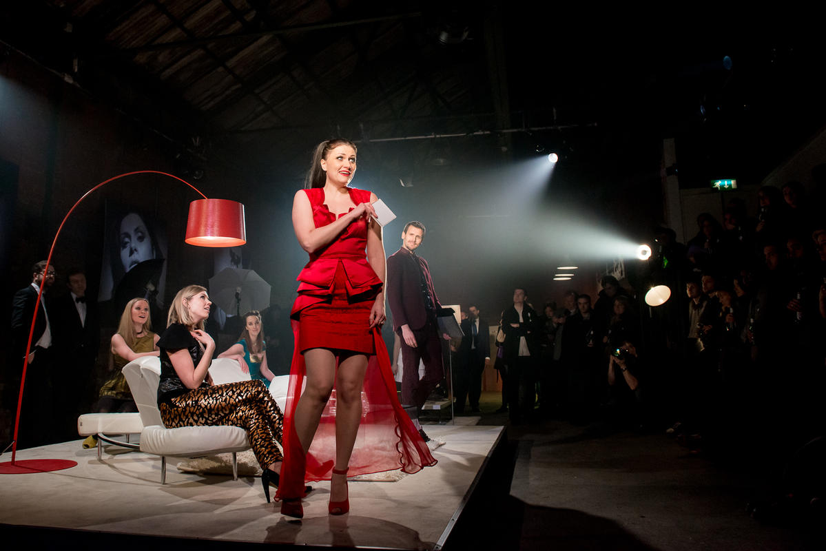Photograph from La Rondine - lighting design by Ben Pickersgill