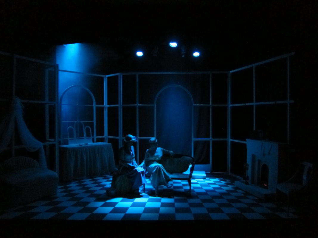 Photograph from Home and Beauty - lighting design by Peter Vincent
