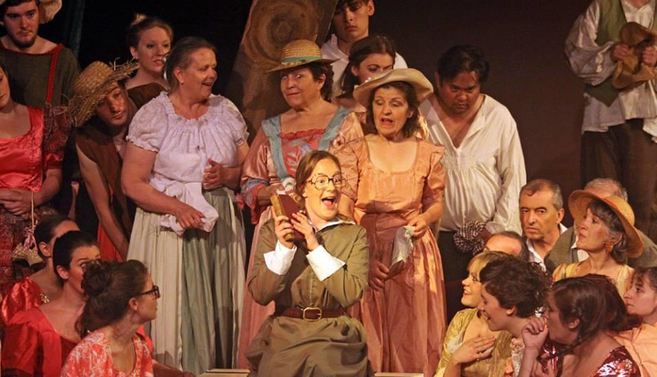 Photograph from L'Elisir D'Amore - lighting design by Charlie Morgan Jones