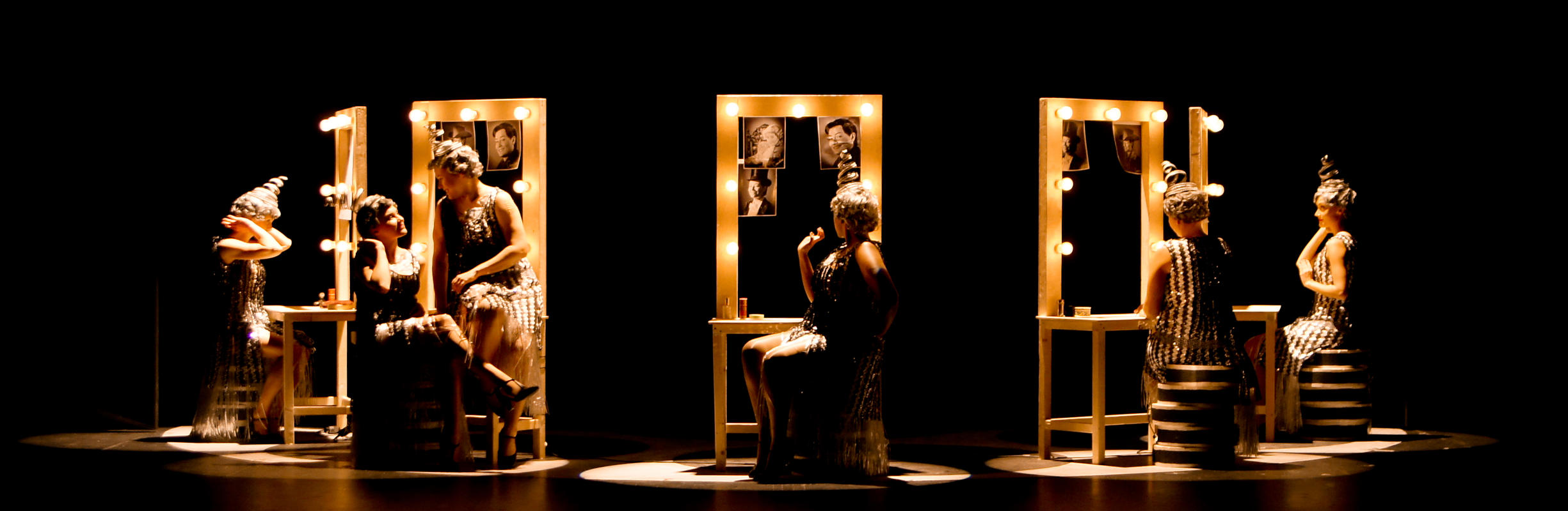 Photograph from Le nozze di Figaro - lighting design by Jake Wiltshire