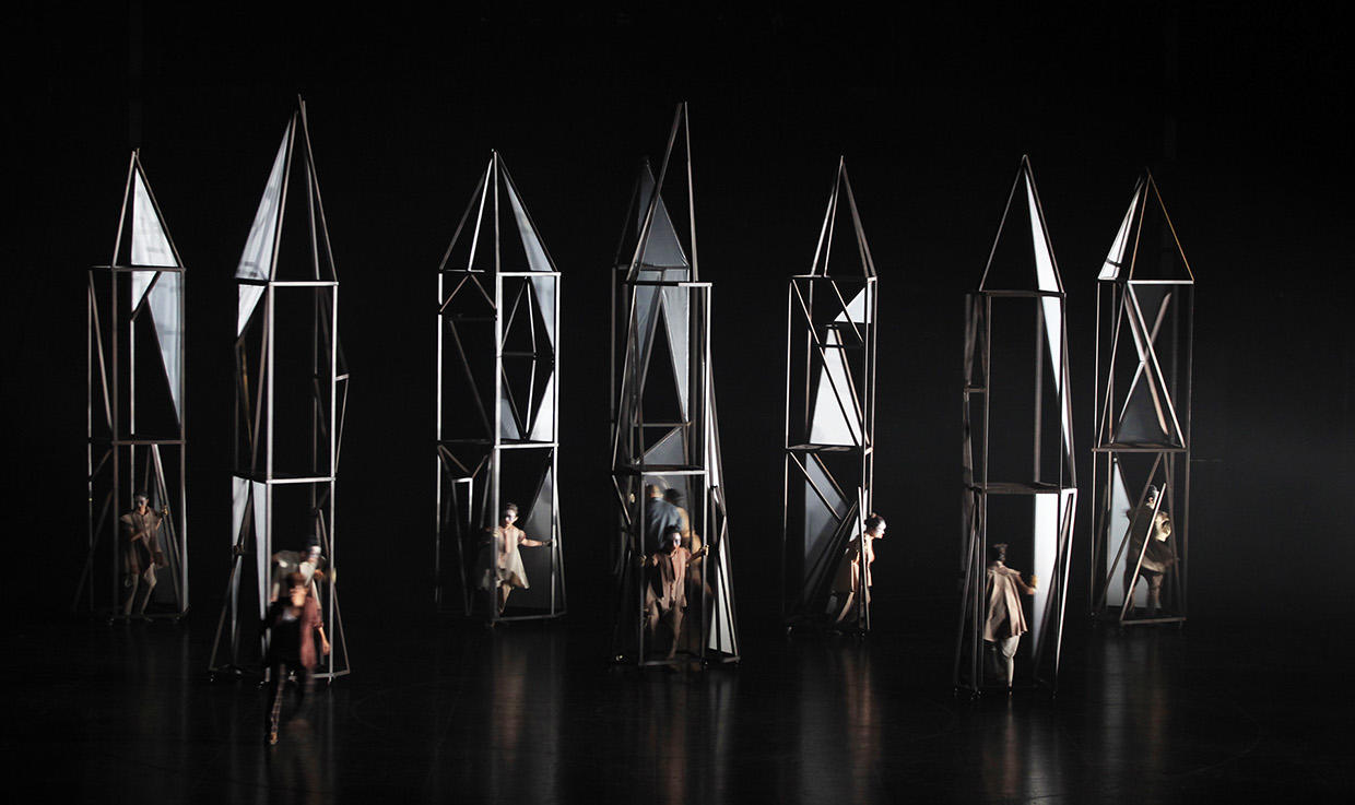 Photograph from Glass Anatomy - lighting design by Manuel Garrido Freire