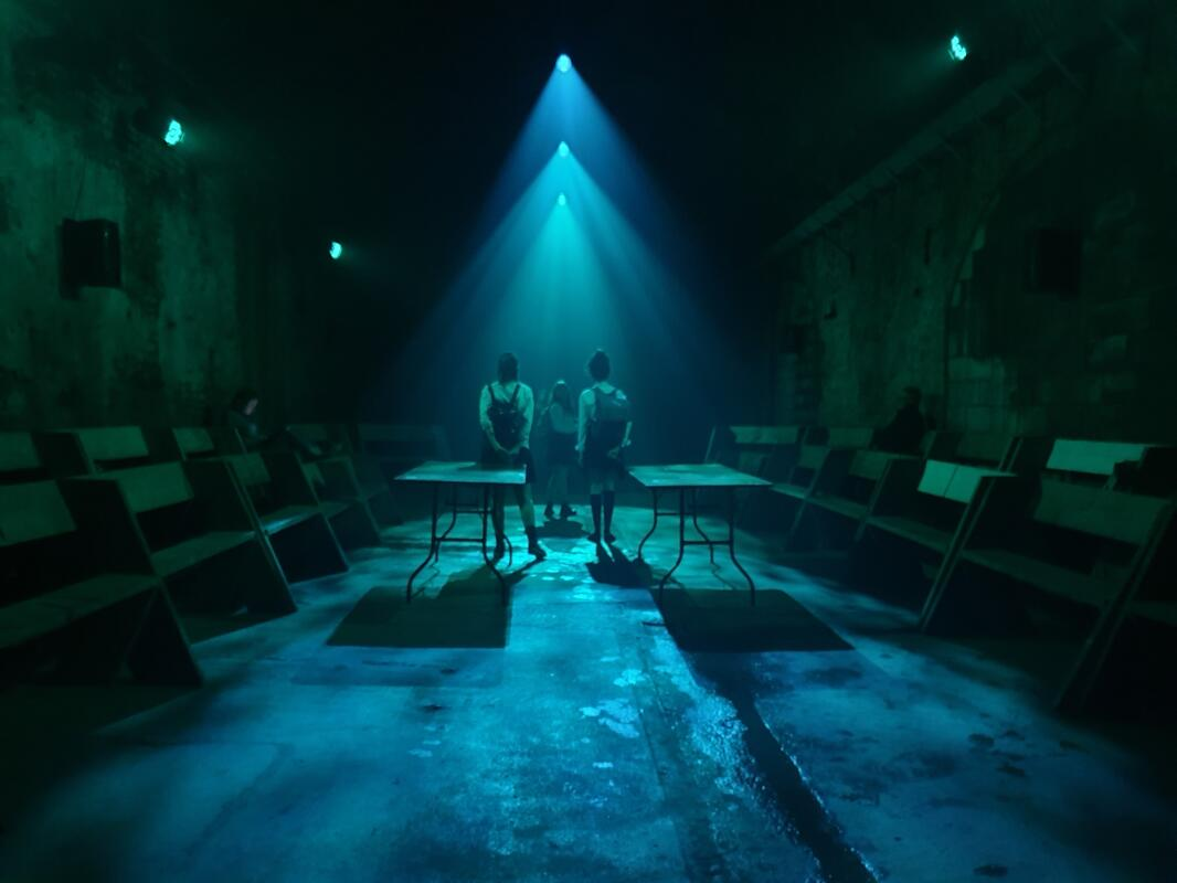 Photograph from Something Awful - lighting design by hjellis93