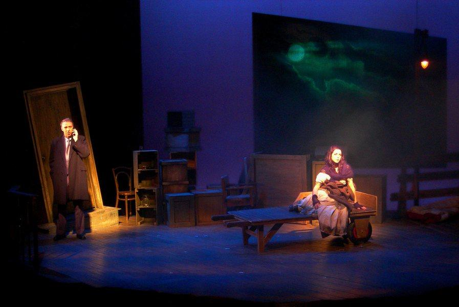 Photograph from Hello Again - lighting design by Ian Saunders