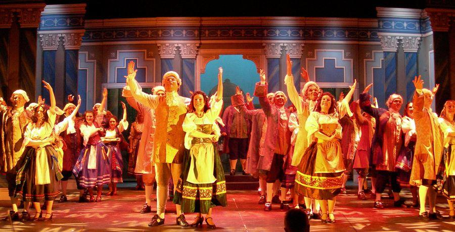 Photograph from The Gondoliers - lighting design by Ian Saunders
