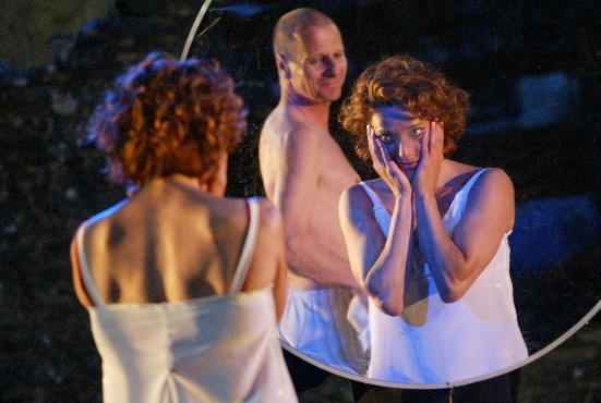 Photograph from Tristan and Yseult (2003) - lighting design by Alex Wardle