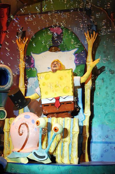 Photograph from Spongebob Squarepants - lighting design by Richard Jones