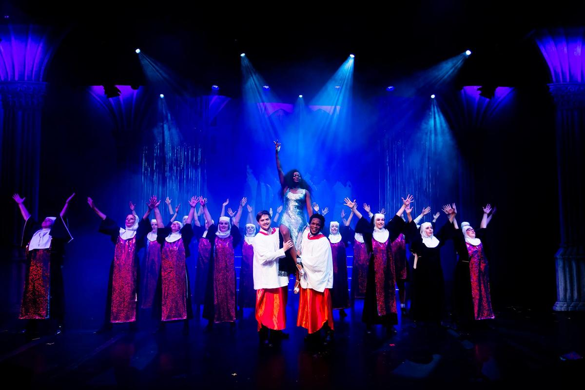 Photograph from Sister Act - lighting design by RaefnW