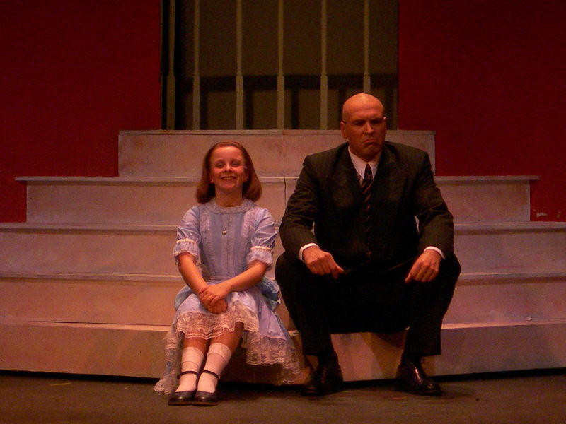 Photograph from Annie - lighting design by Ian Saunders