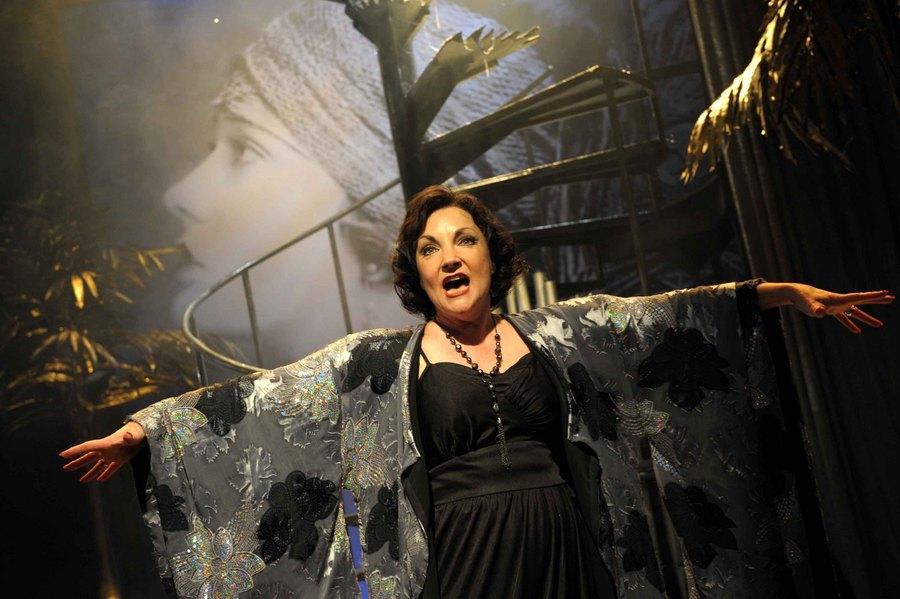 Photograph from Sunset Boulevard - lighting design by Richard Jones
