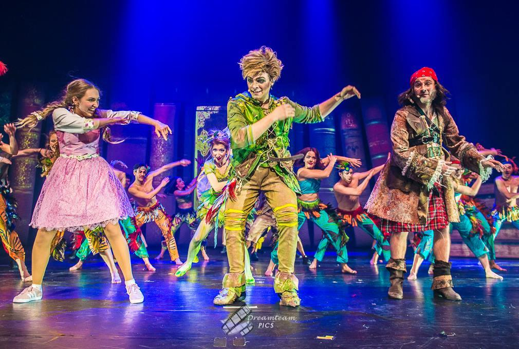 Photograph from Neverland, the adventures of Peter Pan - lighting design by Luc Peumans