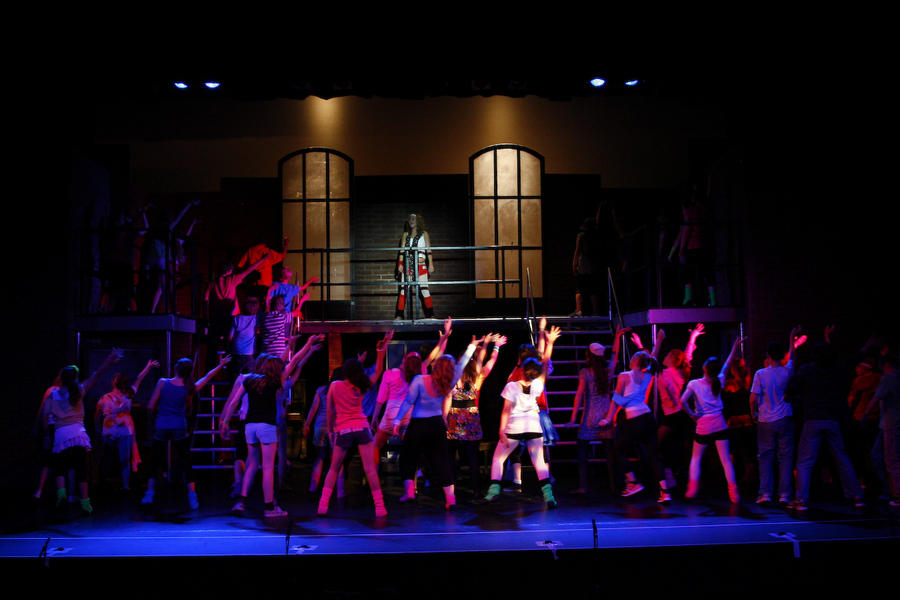 the lighting design in the musical show xanadu Featuring all the classics you love from artists like diana ross, stevie wonder, and the jackson 5, motown the musical tells the story behind the hits now on tour across the usa.