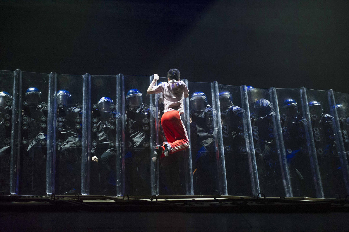 Photograph from Billy Elliot the Musical - lighting design by Rick Fisher