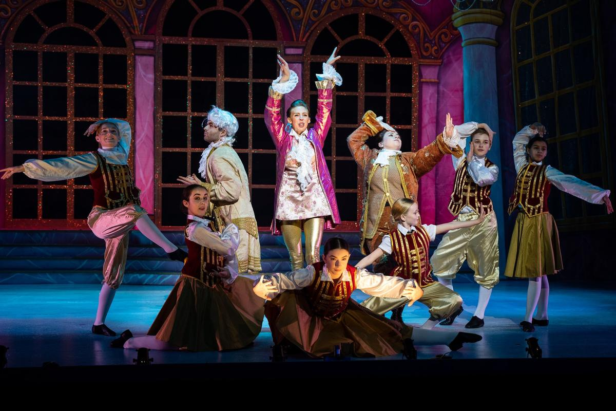 Photograph from Cinderella - lighting design by josetevar
