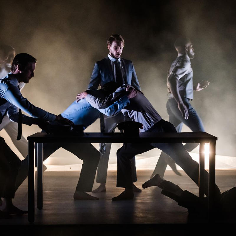 Photograph from Edward II - lighting design by Ben Jacobs