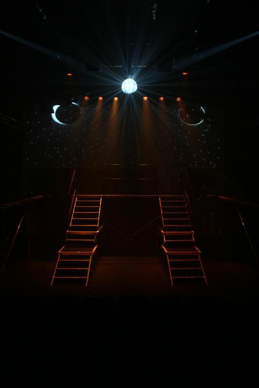 Photograph from Platform Theatre - Christmas Show Season - lighting design by benmills.co