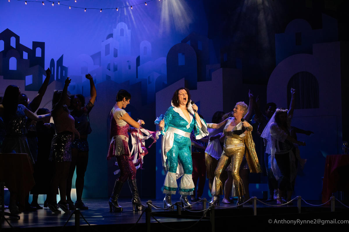 Photograph from Mamma Mia! - lighting design by rdayful1