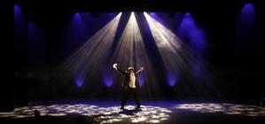 Photograph from Monsieur de Reve - David Zanthor - lighting design by Jake Wiltshire