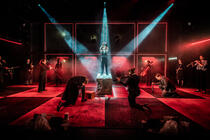 Photograph from Richard III - lighting design by Johnathan Rainsforth