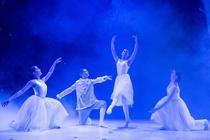 Photograph from Cinderella - lighting design by josetevar