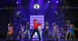Photograph from Saturday Night Fever - lighting design by Michael Grundner