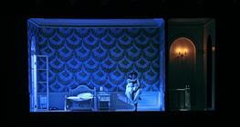 Photograph from Roméo et Juliette - lighting design by Matthew Haskins