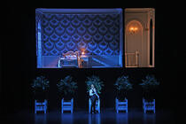 Photograph from Roméo et Juliette - lighting design by Matthew Haskins